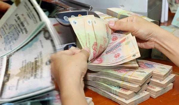 Hạn chế ngân hàng mua trái phiếu doanh nghiệp, quy định có thiết thực? - Ảnh 1.