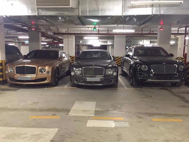 Choáng váng với dàn xe hơn 100 tỷ trong một hầm gửi xe ở Hà Nội - Ảnh 2.