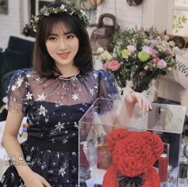 2 nàng công chúa đế chế Huawei: Cô em dấn thân Cbiz vì không được hưởng quyền thừa kế, chị cả tài năng lại vướng lao lý? - Ảnh 3.