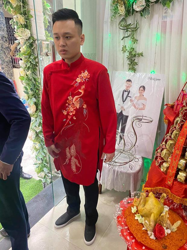 Câu chuyện nhà trai quay về vì không được vào Quảng Ninh đón dâu: 2 gia đình đã gặp gỡ, trao lễ ngay tại... trạm BOT  - Ảnh 3.