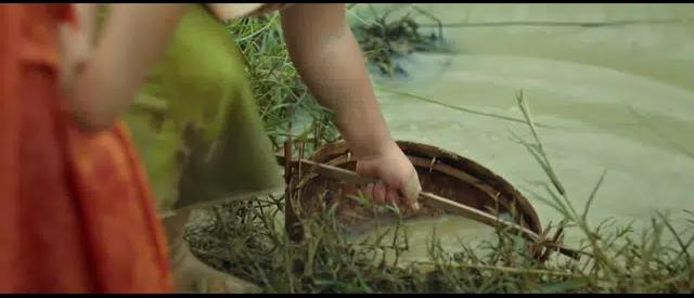 [Góc tranh cãi] Trạng Tí đổ nước vào giếng để lấy quả bưởi: Thông minh hay tối dạ? - Ảnh 3.