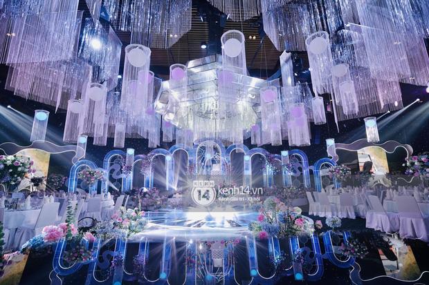 Cận cảnh không gian tiệc cưới sang chảnh hơn 20 tỷ đồng của Tổng giám đốc Phan Thành - Ảnh 3.