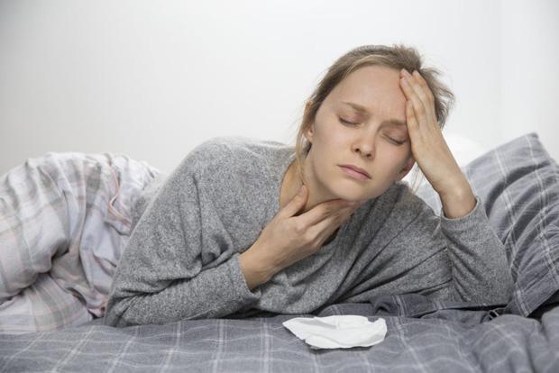Tim không khỏe sẽ khiến bạn gặp phải 4 triệu chứng trước khi đi ngủ, nếu không có cái nào thì xin chúc mừng - Ảnh 1.