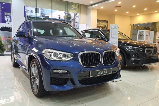 BMW X3 đua option với Mercedes-Benz GLC tại Việt Nam, giá tăng cả trăm triệu đồng - Ảnh 1.