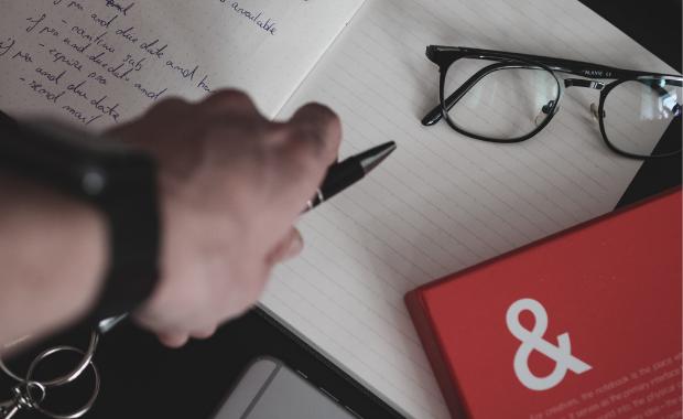 Những người viết ra mục tiêu cụ thể có khả năng đạt được chúng cao hơn 42% so với những người không viết ra, đây là 5 lý do tại sao - Ảnh 1.