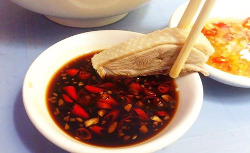 Những kiểu dùng xì dầu cực kỳ độc hại, trực tiếp tác động đến cơ thể và sức khỏe mà rất nhiều gia đình Việt đang mắc phải - Ảnh 3.