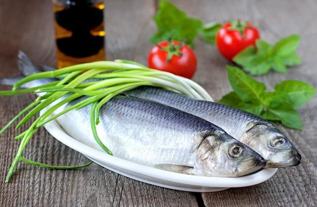 Khi đi chợ, người thông minh thấy 4 loại cá này sẽ mua ngay vì chúng 100% đánh bắt tự nhiên, vừa thơm ngon lại cực kỳ bổ dưỡng - Ảnh 1.