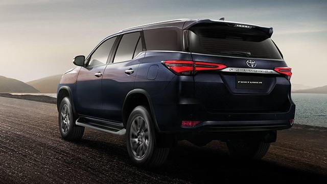 Toyota Fortuner mới sắp về Việt Nam: Là xe nhập khẩu, thêm trang bị tiện nghi và tính năng an toàn  - Ảnh 2.