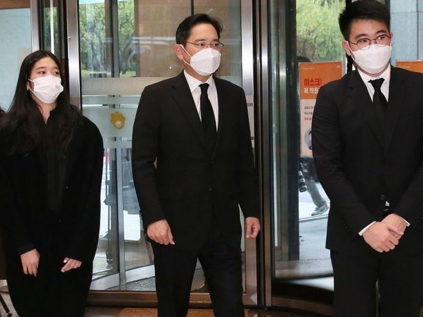 Con trai Thái tử Samsung sinh ra vượt vạch đích nhưng từ nhỏ đã bị lùm xùm bủa vây, từ đi cửa sau đến dùng chất gây nghiện - Ảnh 16.