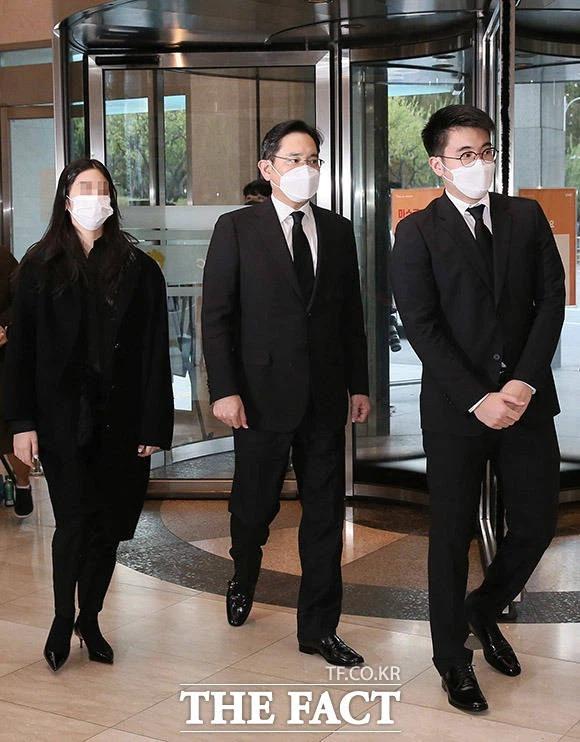 Con trai Thái tử Samsung sinh ra vượt vạch đích nhưng từ nhỏ đã bị lùm xùm bủa vây, từ đi cửa sau đến dùng chất gây nghiện - Ảnh 17.