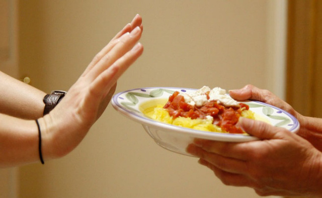 Thay đổi ngay 5 thói quen này nếu không muốn làm hại dạ dày của bạn - Ảnh 2.