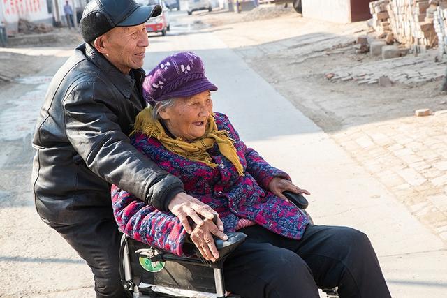 Thế hệ đầu tiên của DINK thu nhập nhân đôi, không con cái ở Trung Quốc: Sự tự do, không ràng buộc có đem lại hạnh phúc thật sự? - Ảnh 4.