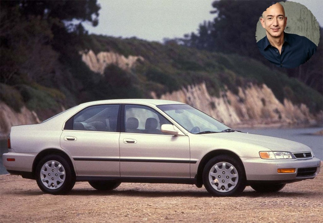 BST xe của những tỷ phú keo kiệt nhất thế giới: Nhiều hàng khủng, hàng hiếm, tổng trị giá hàng triệu đô - Ảnh 1.