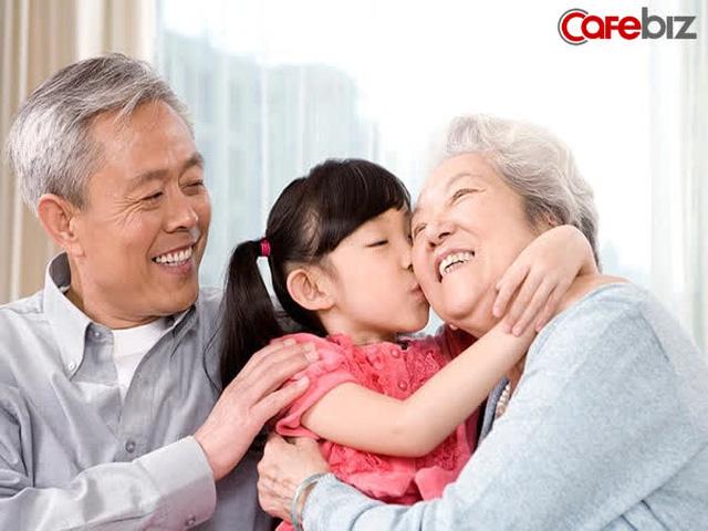 Ông lão 80 tuổi chia sẻ kinh nghiệm dưỡng sinh trường thọ: Trẻ làm chủ sự nghiệp, già tạo lập thói quen không nhàn rỗi! - Ảnh 1.