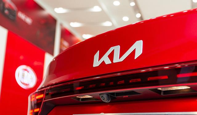 Khám phá Kia K3 Premium vừa về đại lý: ĐẸP XỊN che lấp phanh tay cơ - Ảnh 10.