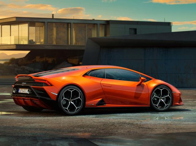 Chủ Lamborghini Huracan bị tịch thu xe ngay sau khi mua vì... lái xe về nhà - Ảnh 2.