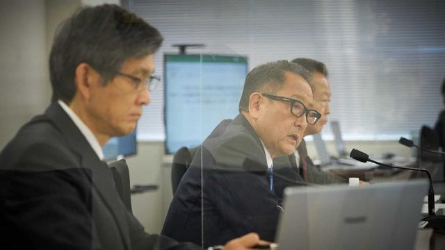 CEO Toyota đưa ra con số sốc về thảm hoạ khi toàn thị trường đổi sang xe điện - Ảnh 2.
