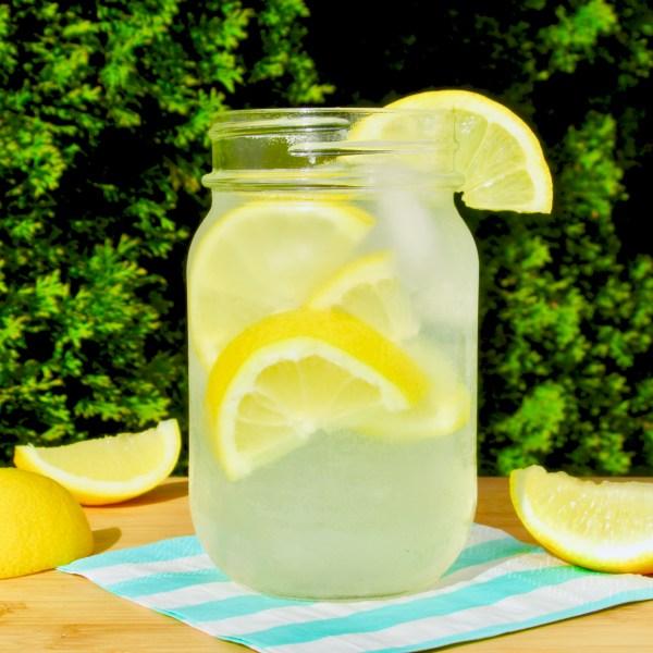 Tự làm nước tăng lực ngay tại nhà trong vài phút, vừa tốt cho sức khỏe vừa không tốn tiền! - Ảnh 1.