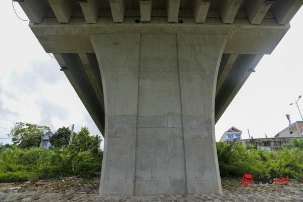 Toàn cảnh cây cầu gần 600 tỷ nối 2 bờ sông Đà vừa thông xe - Ảnh 9.