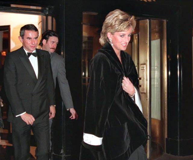 Bên trong cung điện của những bí mật ở New York, nơi công nương Diana từng chạm mặt Steve Jobs - Ảnh 2.