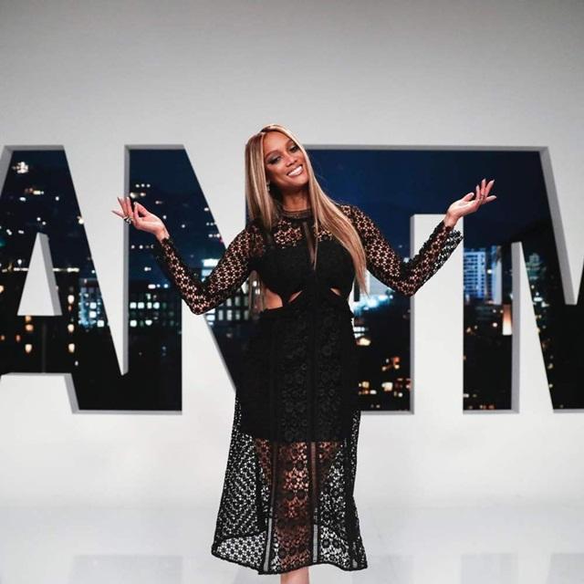 Cách chi tiêu tiền đẻ ra tiền của model nữ đa tài và giàu có Tyra Banks - Ảnh 1.
