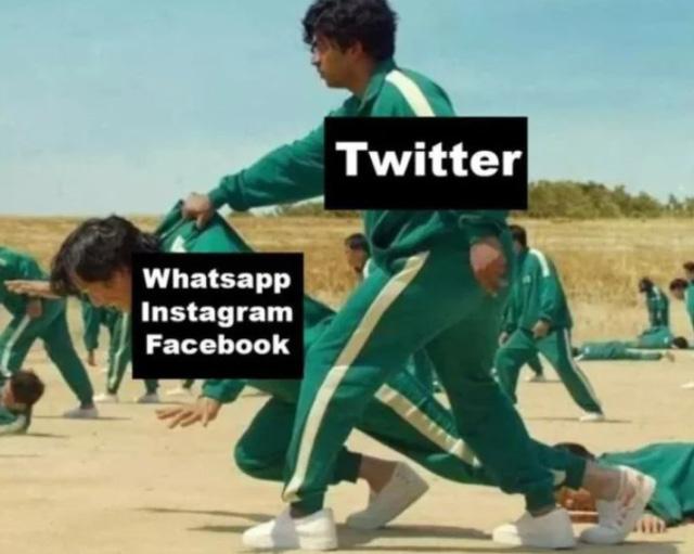 Internet ngập tràn meme sau vụ Facebook 'bay màu': Từ ăn theo Squid Game đến ảnh Mark Zuckerberg tự tay khắc phục sự cố - Ảnh 3.