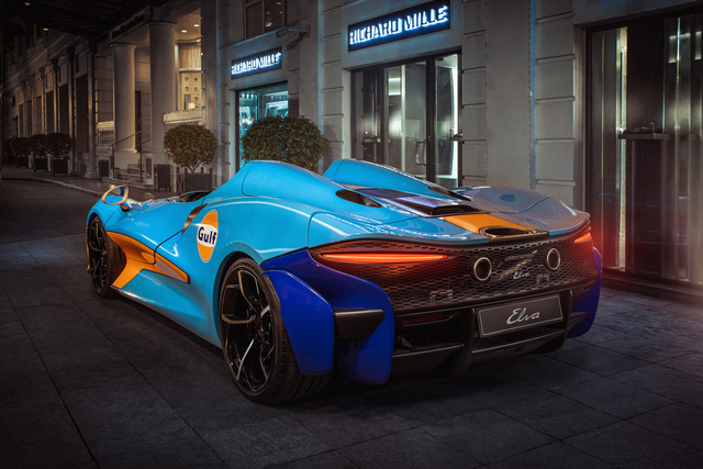 Siêu phẩm không kính McLaren Elva bất ngờ lộ ảnh thả dáng tại Hà Nội, kết thúc hành trình vòng quanh thế giới - Ảnh 6.