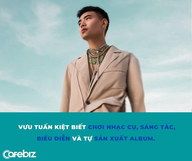 Rich kid nhà Bitis làm ca sĩ: Sinh năm 1994, là Giám đốc công ty BĐS, thông thạo 2 ngoại ngữ, tự nhận chọn âm nhạc là lẽ sống - Ảnh 1.