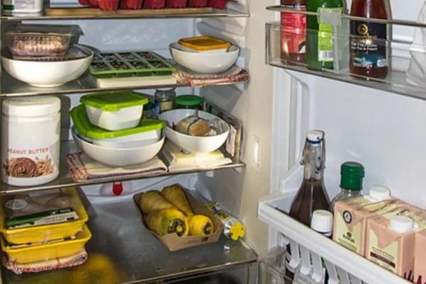 Những thói quen dùng tủ lạnh độc chết người, cần phải thay đổi gấp vì có thể sinh độc, hại thân và lãng phí dinh dưỡng - Ảnh 1.
