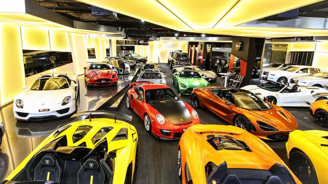 Bên trong showroom khét tiếng chuyên bán hyper-car cho đại gia Việt: Có phòng 'bạch kim' toàn xe khủng, từng chiếc được lau chùi 2-3 lần mỗi ngày, khách hàng siêu VIP được dâng xe đến tận nhà  - Ảnh 18.