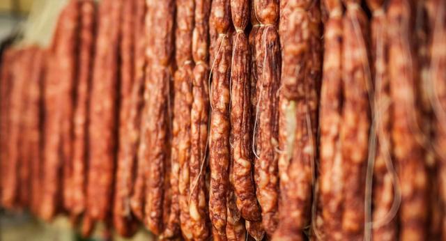 5 loại thực phẩm gây hại cho phổi hơn cả thuốc lá mà hầu hết mọi người đều phát mê, không thể bỏ được - Ảnh 2.