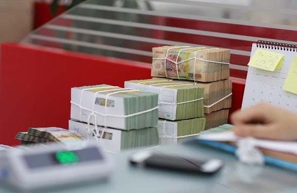 VDSC: Nhiều ngân hàng tiếp tục nộp đơn xin hạn mức tín dụng - Ảnh 1.