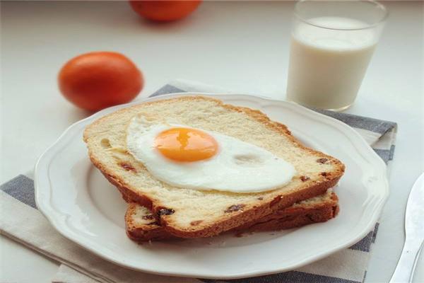 3 kiểu bữa sáng cực kỳ dễ gây ung thư cho trẻ nhỏ, hơn nữa còn gây đau dạ dày và làm tổn thương nhiều cơ quan - Ảnh 3.