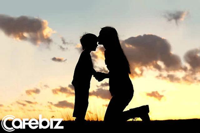 Cuộc đối thoại kinh điển giữa mẹ và con trai: Giá trị giáo dục con cái còn nóng hổi dù đã tới 50 năm - Ảnh 3.