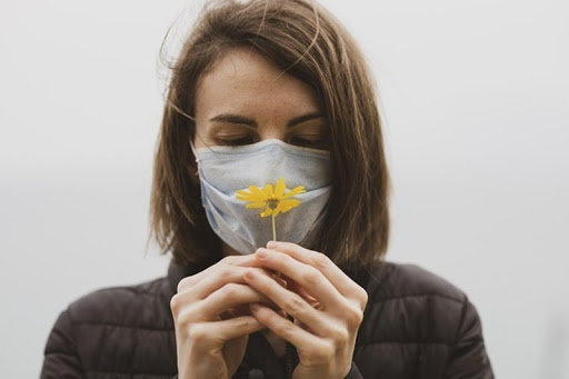 Hơn 74% người sống sót sau khi mắc COVID-19 đã mất khứu giác và vị giác: Ảnh hưởng nghiêm trong đến cuộc sống và khởi đầu cho các mối nguy sức khỏe nghiêm trọng - Ảnh 1.