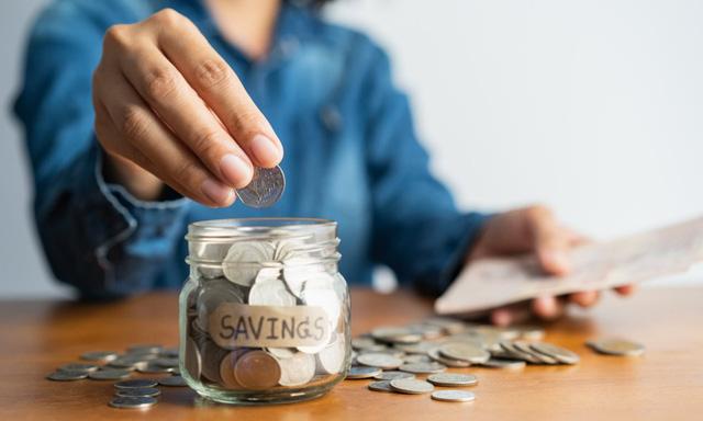 3 triết lý đơn giản cần nắm vững nếu muốn giàu hơn mà không cần kiếm thêm tiền - Ảnh 1.