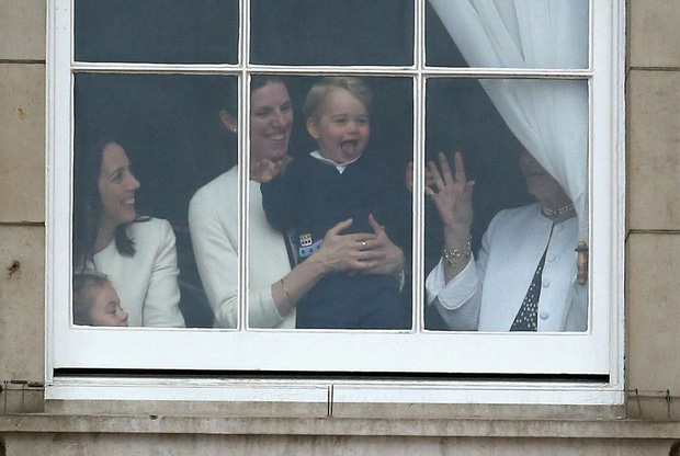 Đức Vua tương lai của Hoàng gia Anh: Những khoảnh khắc thần thái ngất trời của Hoàng tử bé George, mới 7 tuổi nhưng đã ra dáng anh cả - Ảnh 27.