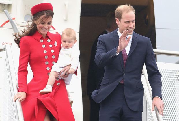 Đức Vua tương lai của Hoàng gia Anh: Những khoảnh khắc thần thái ngất trời của Hoàng tử bé George, mới 7 tuổi nhưng đã ra dáng anh cả - Ảnh 30.