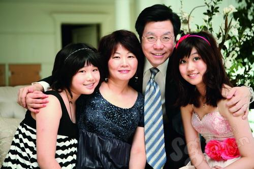 """Ngưỡng mộ chuyện tình """"ngọt hơn đường"""" của các tỷ phú Trung Quốc: Chồng giỏi vợ đảm chẳng khác nào hổ mọc thêm cánh - Ảnh 8."""