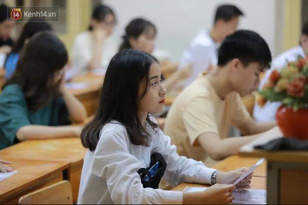 Chính thức: Học sinh, sinh viên Hà Nội được nghỉ học đến hết tháng 2 - Ảnh 1.