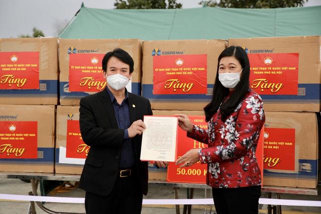 Hà Nội hỗ trợ Hải Dương 2 tỷ đồng chống dịch - Ảnh 1.