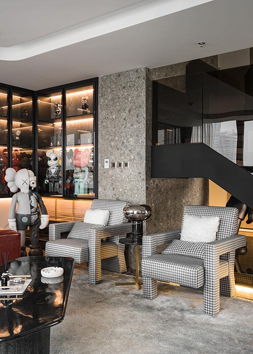 Ấn tượng với không gian của căn Duplex 200 m2 lấp đầy đồ chơi tiền tỷ ở Hà Nội - Ảnh 8.