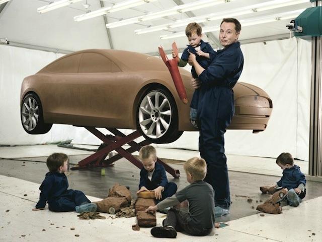 Elon Musk chia sẻ bí quyết dạy con: Chúng chủ yếu được giáo dục bởi YouTube và Reddit  - Ảnh 1.