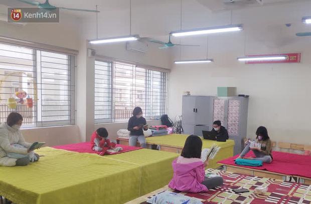 Cô giáo chủ nhiệm chia sẻ về cuộc sống bên trong khu cách ly trường Tiểu học Xuân Phương: Đón Tết trong này cũng không quá tệ, chỉ cầu mọi người bình an - Ảnh 4.