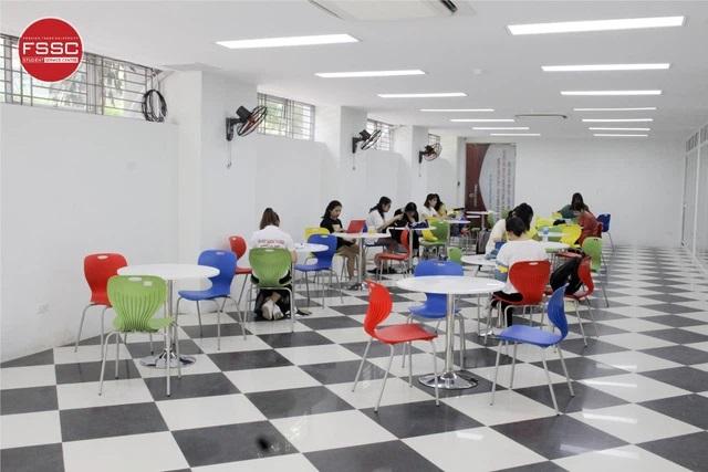 Ngôi trường được mệnh danh Havard của Việt Nam đã thay áo mới: Có góc cực kỳ sang chảnh, sinh viên vừa học vừa tha hồ sống ảo - Ảnh 13.