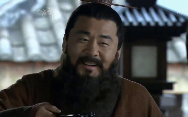 Giúp Tào Ngụy thắng lớn trong trận Quan Độ kinh điển, lại là một nhân tài có tiếng, không ngờ nhân vật này có ngày bị Tào Tháo lấy đầu chỉ vì… cái miệng - Ảnh 2.