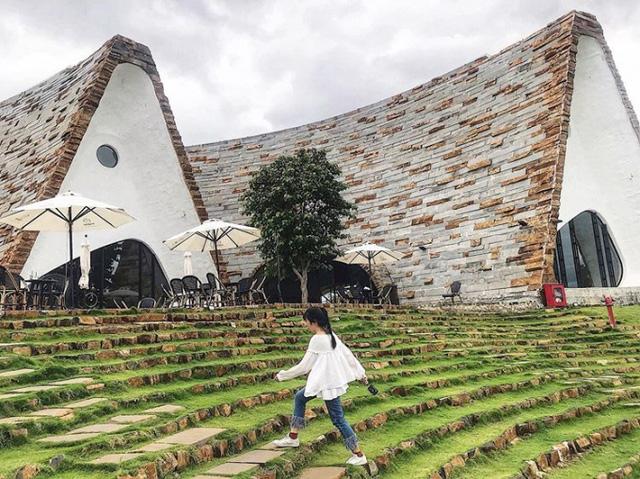 Bên trong Bảo tàng cà phê thuộc dự án BĐS đầu tiên của Trung Nguyên: Hơn 10.000 hiện vật từ khắp thế giới, giúp Buôn Ma Thuột tăng 40% du khách  - Ảnh 2.