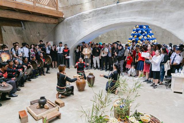 Bên trong Bảo tàng cà phê thuộc dự án BĐS đầu tiên của Trung Nguyên: Hơn 10.000 hiện vật từ khắp thế giới, giúp Buôn Ma Thuột tăng 40% du khách  - Ảnh 9.