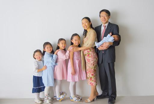 8 năm đẻ sòn sòn 5 đứa, mẹ bỉm Nhật vẫn tốt nghiệp Thạc sĩ Harvard: Vũ khí bí mật của phụ nữ hoá ra nằm ở điều này! - Ảnh 3.
