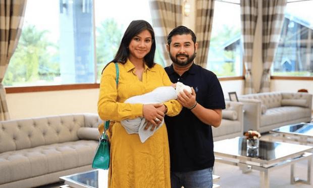 Thái tử phi vạn người mê của Malaysia: Nhan sắc khiến ai cũng xao xuyến cùng câu chuyện cổ tích yêu em từ cái nhìn đầu tiên - Ảnh 4.
